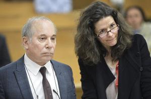The Paul Simons, in court. (via AP)